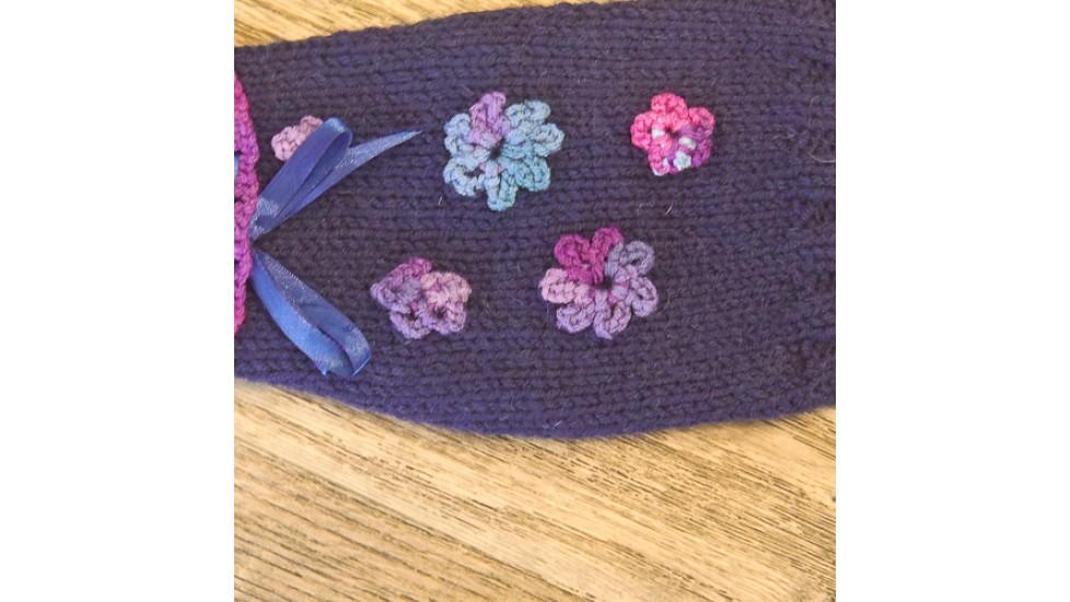 Chandail en tricot pour chien de petites races de couleur mauve