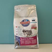 Nourriture Science Diet Adulte mature Races petites et miniatures pour chien