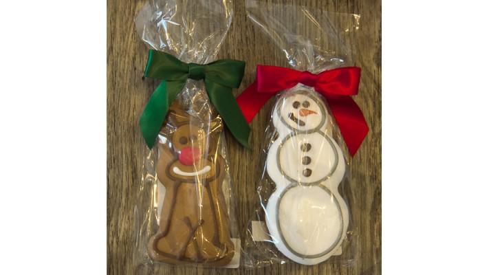 Biscuit sec aux arachides pour chien en forme de bonhomme de neige